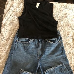 Mock neck cropped top